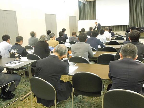 藤井先生と会員との質疑応答