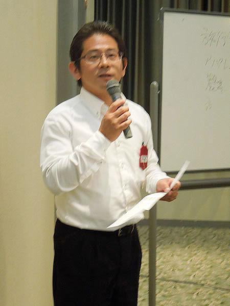 寺本活性化部会長から誕生日のお祝い