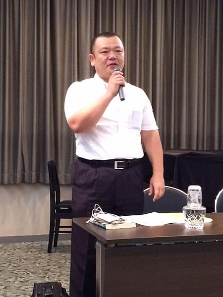 あなまち司法書士事務所・佐藤先生